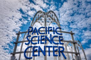 The Pacific Science Center is an independent, non-profit science museum based in Seattle, Washington. The center's original buildings were the United States Science Pavilion, part of the 1962 World's Fair in Seattle. he Pacific Science Center complex was designed by Minoru Yamasaki. Yamasaki was later the architect of the World Trade Center in New York City.